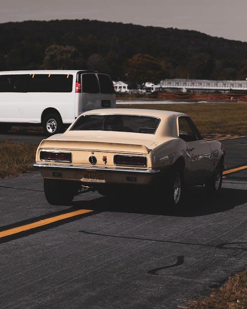 Základová fotografie zdarma na téma 4k tapeta, akce, asfalt