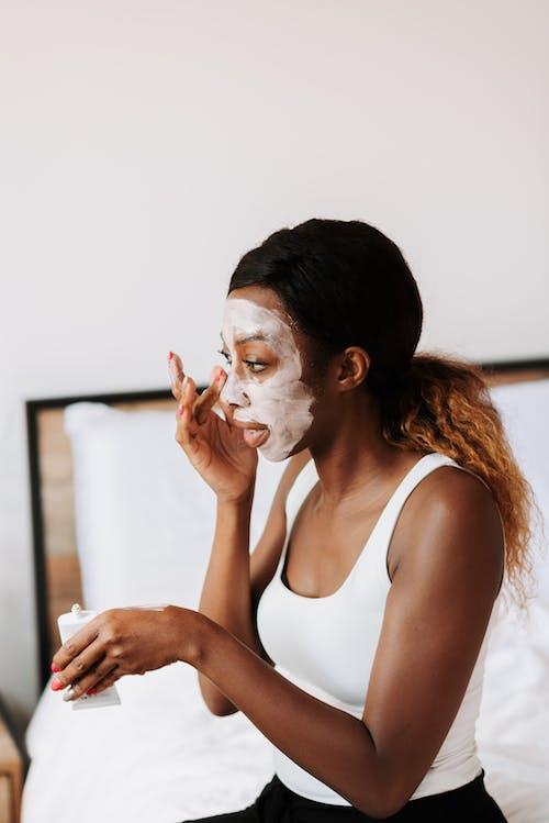 Kostnadsfri bild av ansikte, ansiktsmask, ansiktsvård