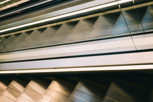 Darmowe zdjęcie z galerii z architektura, budynek, droga
