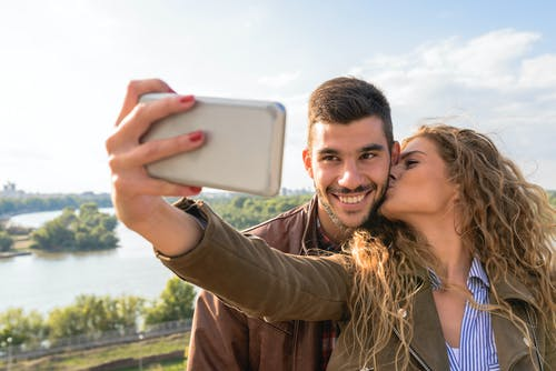 Δωρεάν στοκ φωτογραφιών με selfie, αγάπη, άνδρας, Άνθρωποι