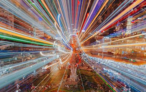 Imagine de stoc gratuită din centrul orașului, dâre de lumină, drum, expunere lungă