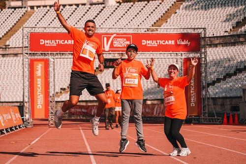 Základová fotografie zdarma na téma akce, akční energie, běžec