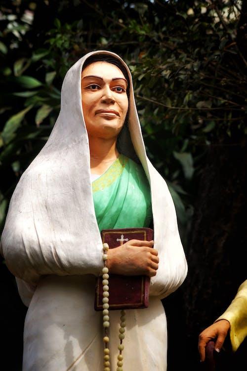 Základová fotografie zdarma na téma #bigfoot #stone #carving #women #christian #, #goa #margao #journey #life #love