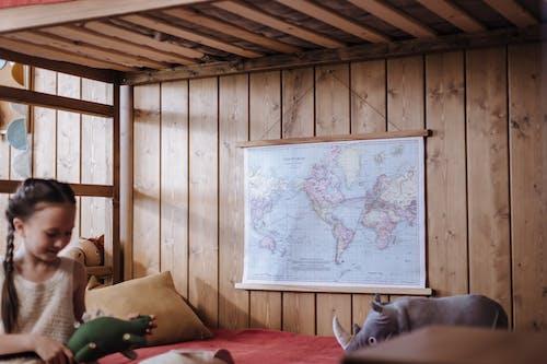Gratis stockfoto met bed, binnenshuis interieur, glimlachen