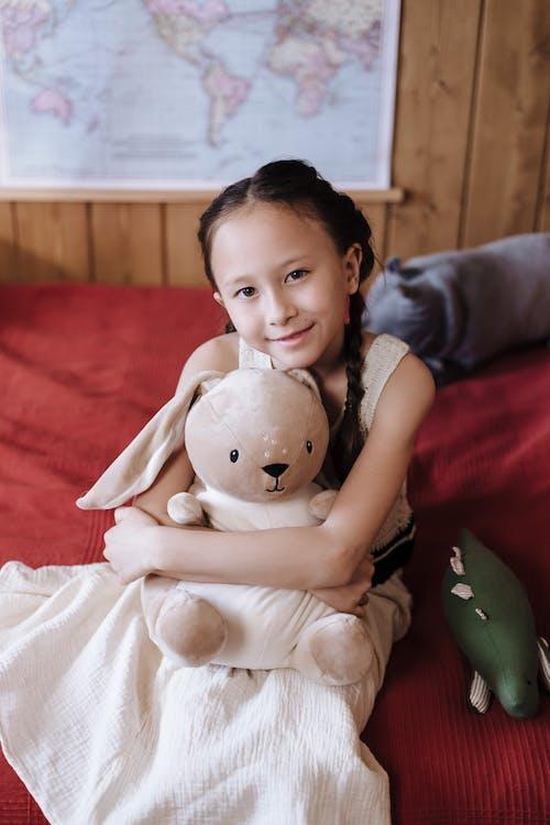 Gratis stockfoto met adoptie, binnen, binnenshuis