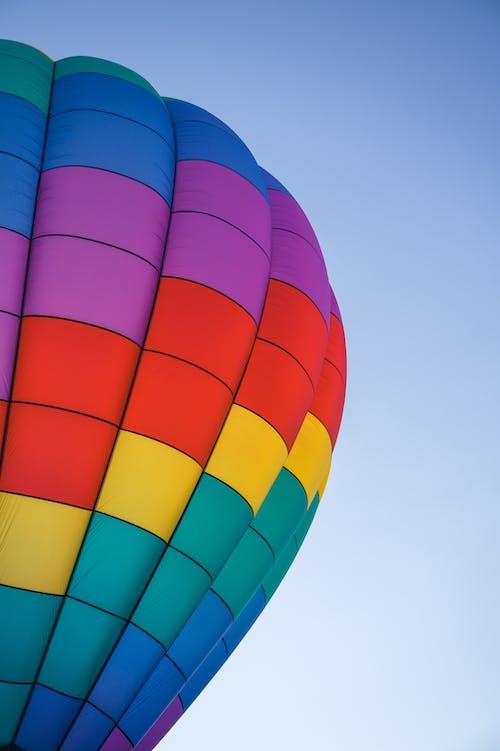 Darmowe zdjęcie z galerii z balon, baloniarstwo, czyste niebo