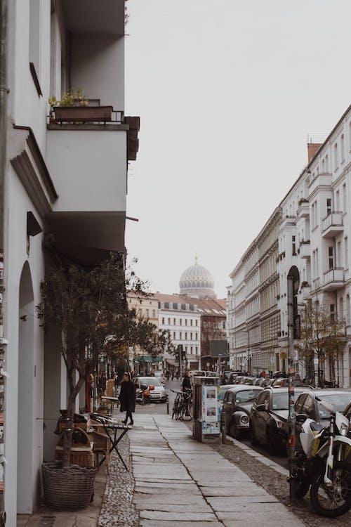 シティ, バイク, バルコニーの無料の写真素材