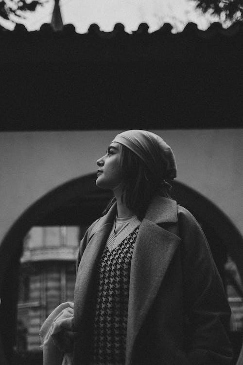 コート, スカーフ, セーターの無料の写真素材