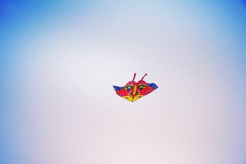 Immagine gratuita di aquilone, cielo, infanzia, pace