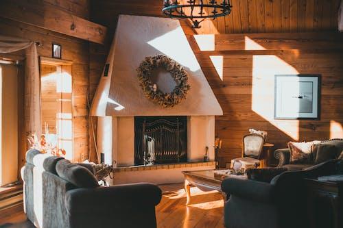 Gratis lagerfoto af bord, gammeldags, hjemlige værelse