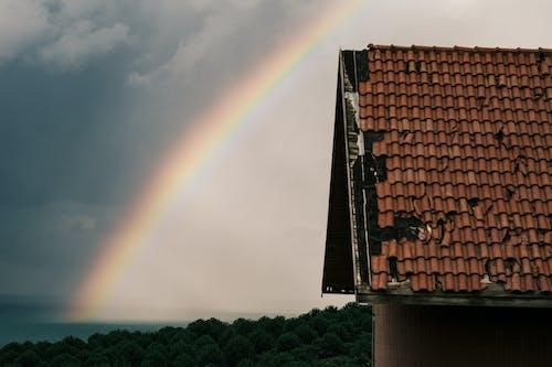 Foto stok gratis atap, awan, hujan