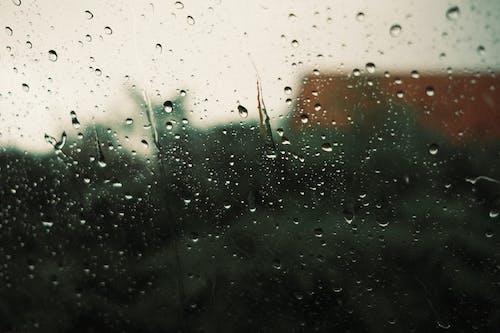 Foto stok gratis cuaca jelek, di luar rumah, gerimis