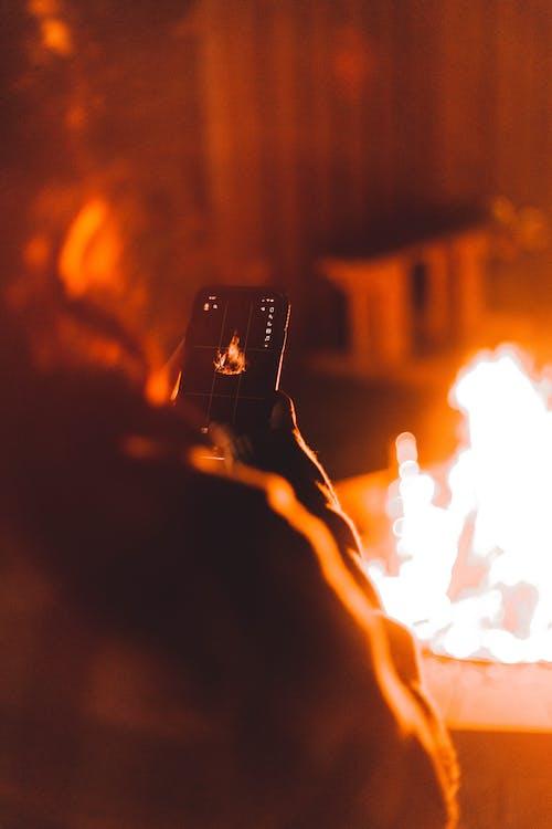 Δωρεάν στοκ φωτογραφιών με ανάβω φωτιά, Άνθρωποι, βενζίνη