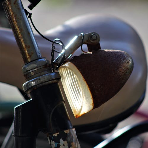 自転車のフロントランプの無料の写真素材
