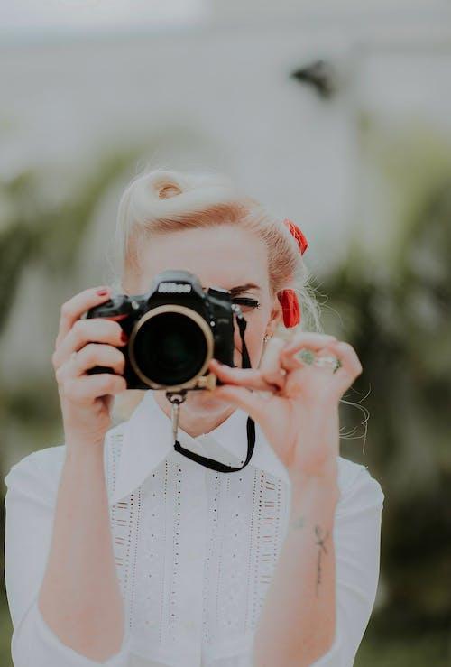 Gratis arkivbilde med blondt hår, fotografering, frisyre