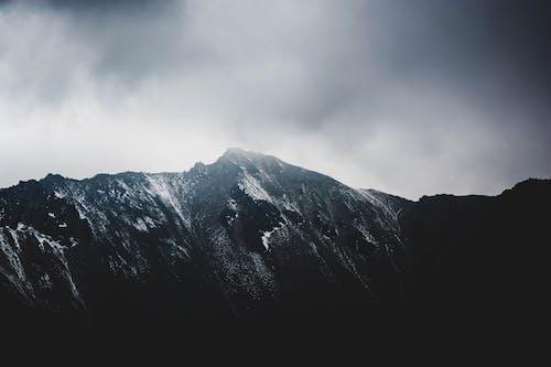 Δωρεάν στοκ φωτογραφιών με rock, αναρρίχηση, αυγή, βουνά