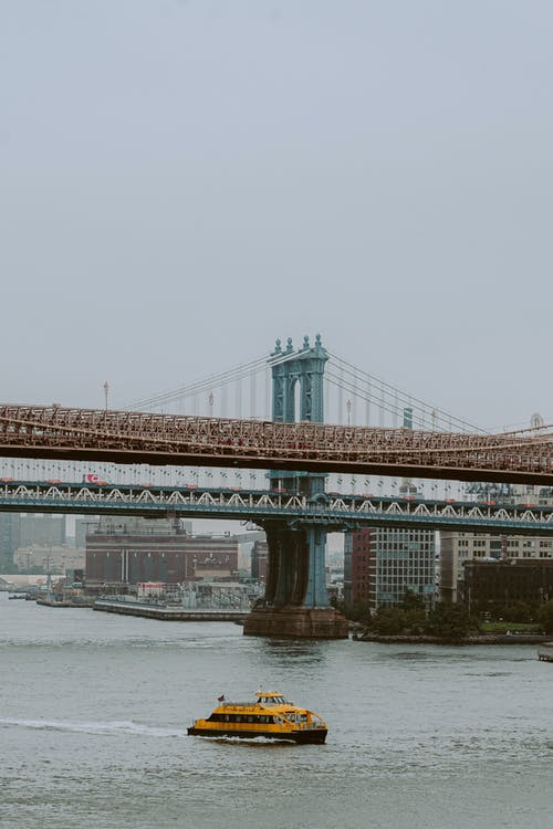 Overcast over Brooklyn Bridge