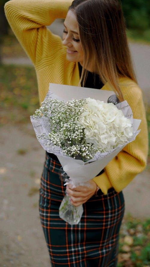アダルト, アッシラムの花, ブーケの無料の写真素材