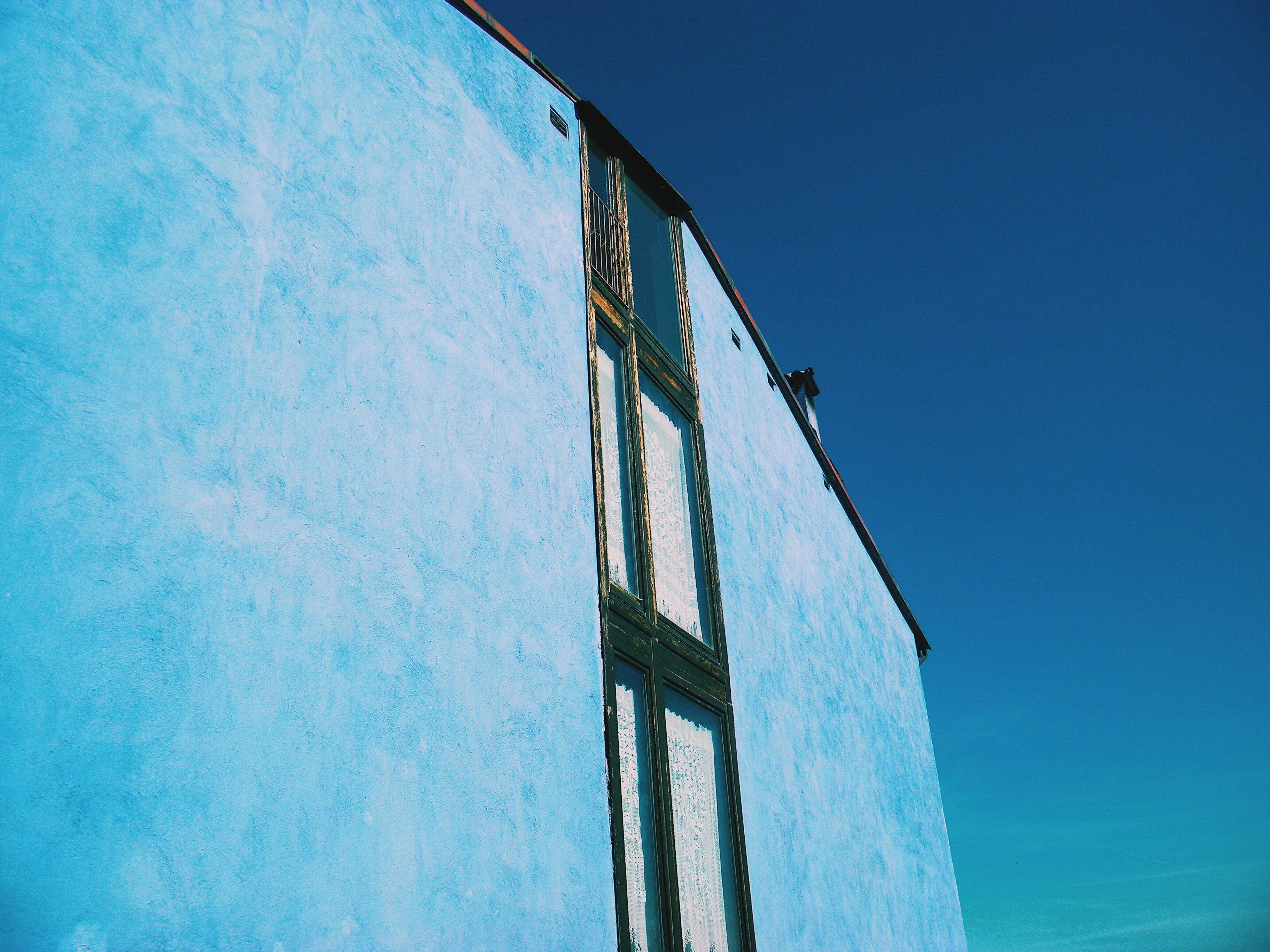Free stock photo of blue, blue skies, blue sky, building