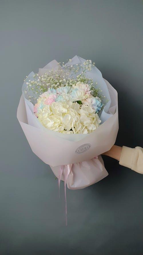 Photos gratuites de à l'intérieur, bouquet, bouquet de fleurs