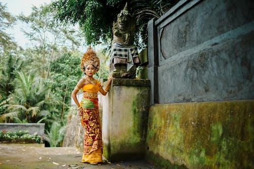 Immagine gratuita di abbigliamento cambogiano, abbigliamento tradizionale, adulto