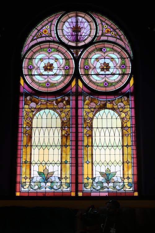 Darmowe zdjęcie z galerii z piękno, witraż, witraż kościelny
