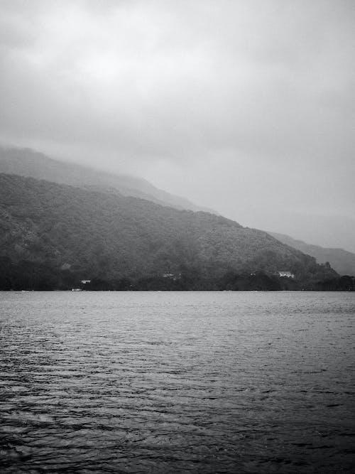 Immagine gratuita di lago, montagna, natura