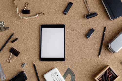 Základová fotografie zdarma na téma blok, dřevo, elektronické zařízení