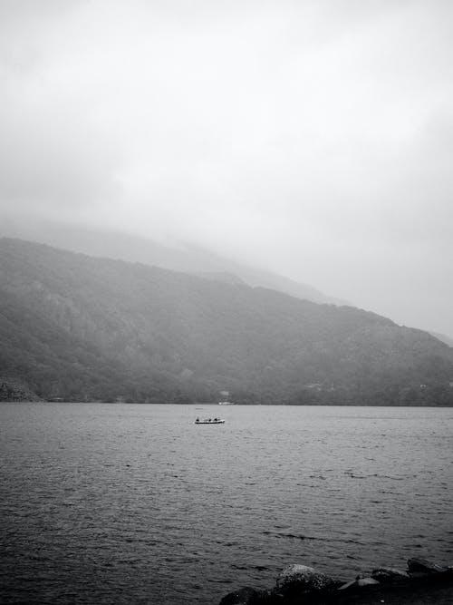 Immagine gratuita di lago, paesaggio