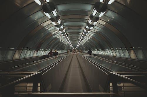 Základová fotografie zdarma na téma chodník, doprava, podzemí