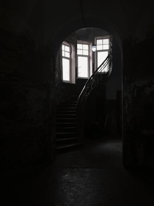 Foto d'estoc gratuïta de abandonat, arquitectura, clareja