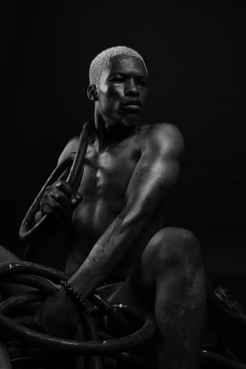 Základová fotografie zdarma na téma černobílý, dospělý, lidská tvář