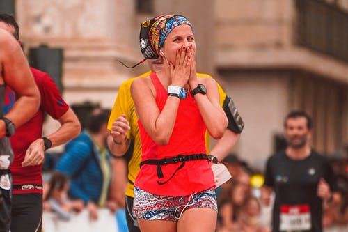 Základová fotografie zdarma na téma běžec, běžecký závod, dospělý