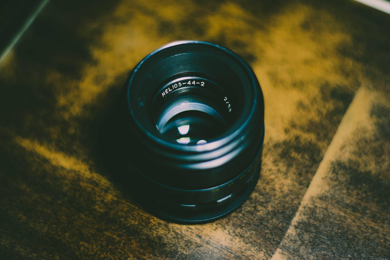 Kostenloses Stock Foto zu ausrüstung, fotografie, kameraobjektiv, kunststoff
