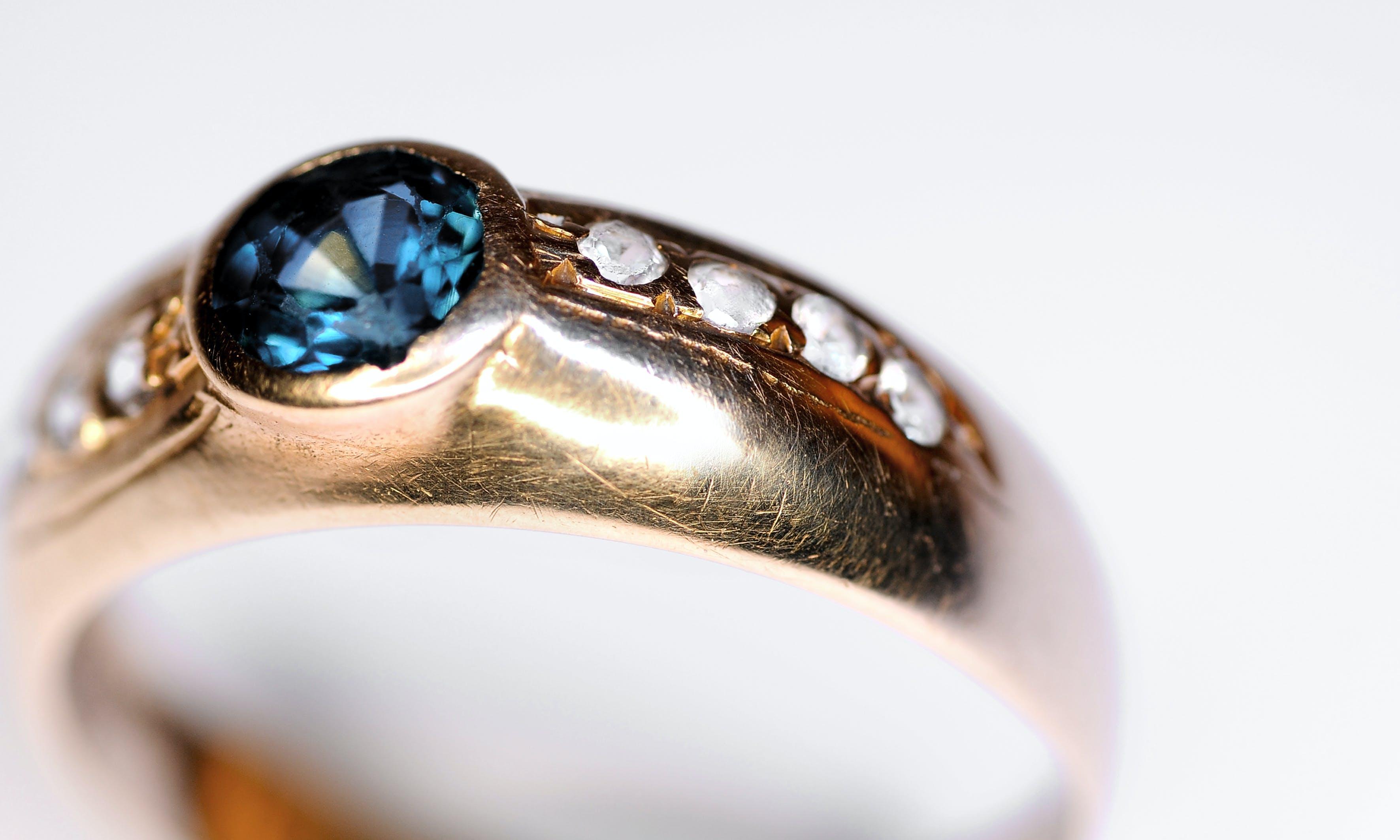 Free stock photo of Old Sapphire & Diamond ring