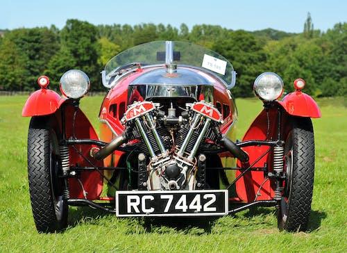 Immagine gratuita di 3 ruote, auto classica, auto rossa, morgan
