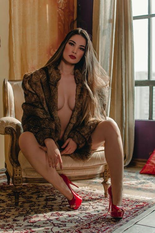 Fotobanka sbezplatnými fotkami na tému červené vysoké podpätky, móda, na zvislo