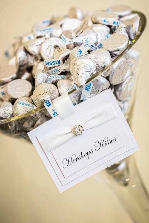 Kostnadsfri bild av choklad, närbild, papper, sötsaker