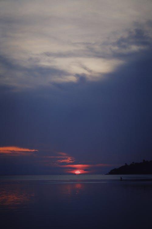 Základová fotografie zdarma na téma bouřkový mrak, dramatická obloha, jezero