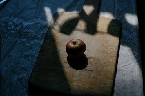 Ilmainen kuvapankkikuva tunnisteilla apple, auringonvalo putoaa, edellä kuvattu laukaus