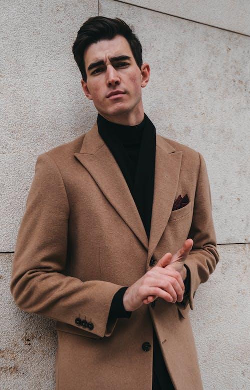 Foto profissional grátis de abrigo, adulto, casaco