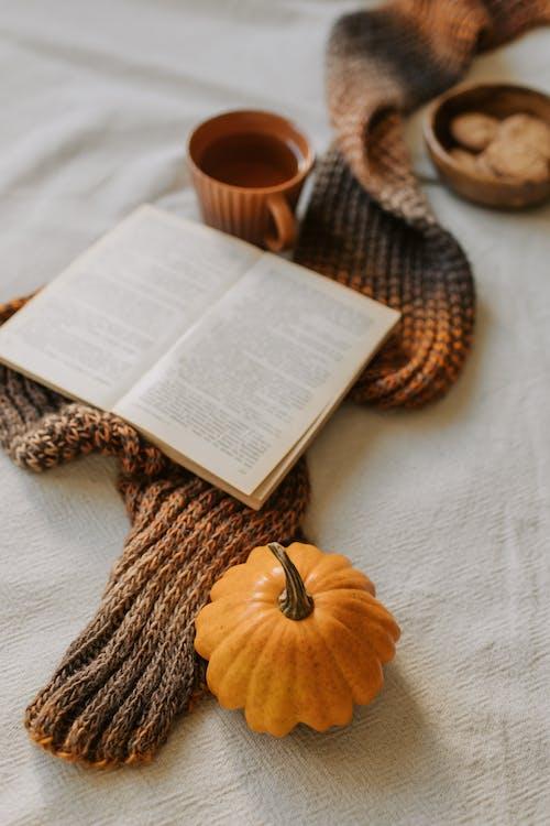Безкоштовне стокове фото на тему «atmosfera de outono, вдома, всередині»