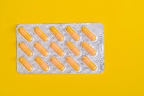 Gratis arkivbilde med gul, gul bakgrunn, helse