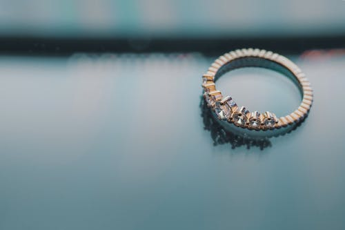 Foto d'estoc gratuïta de aliança, anell, anell de compromís, boda