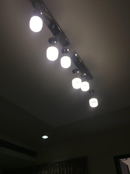 Ảnh lưu trữ miễn phí về # đèn # trắng # khách sạn # top_view