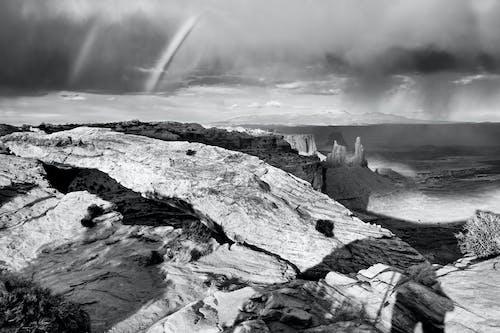 bulutlar, dağ, doğa, siyah ve beyaz içeren Ücretsiz stok fotoğraf