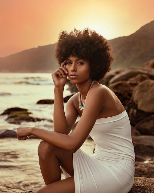 Бесплатное стоковое фото с Афро, вода, гламур