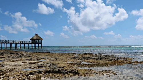 Free stock photo of beach hut, clouds, hut