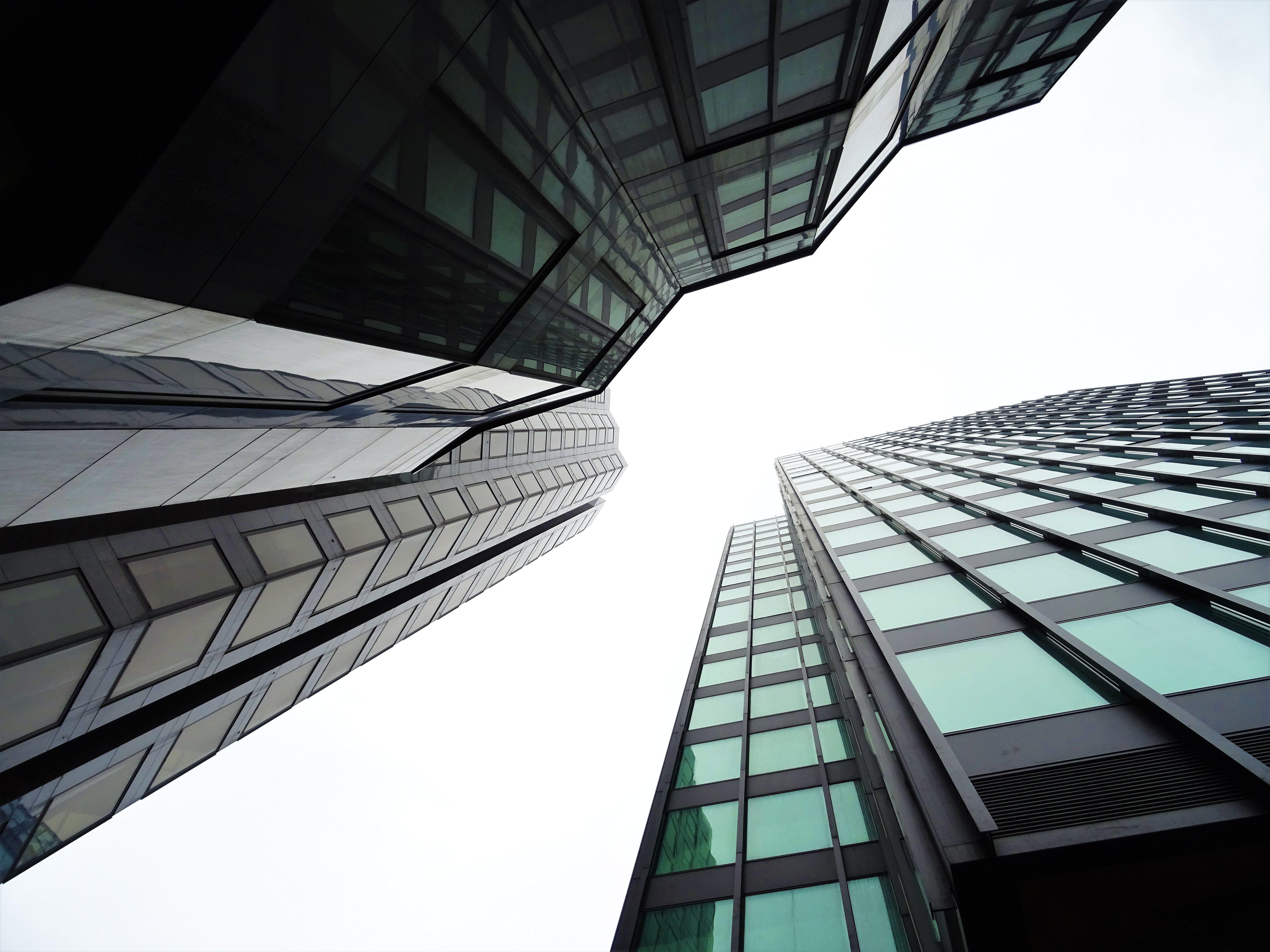 Foto d'estoc gratuïta de arquitectura, centre de la ciutat, ciutat, edificis