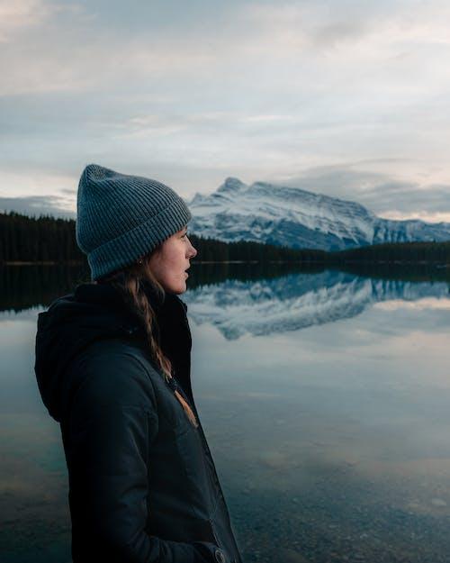 Δωρεάν στοκ φωτογραφιών με βλέπω, γυναίκα, δύναμη στη φύση